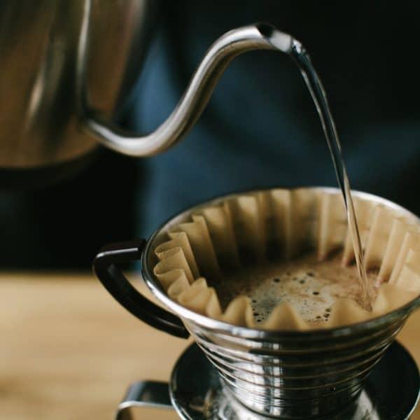 Pely ab in die Tonne mit alten Gewohnheiten Kaffee